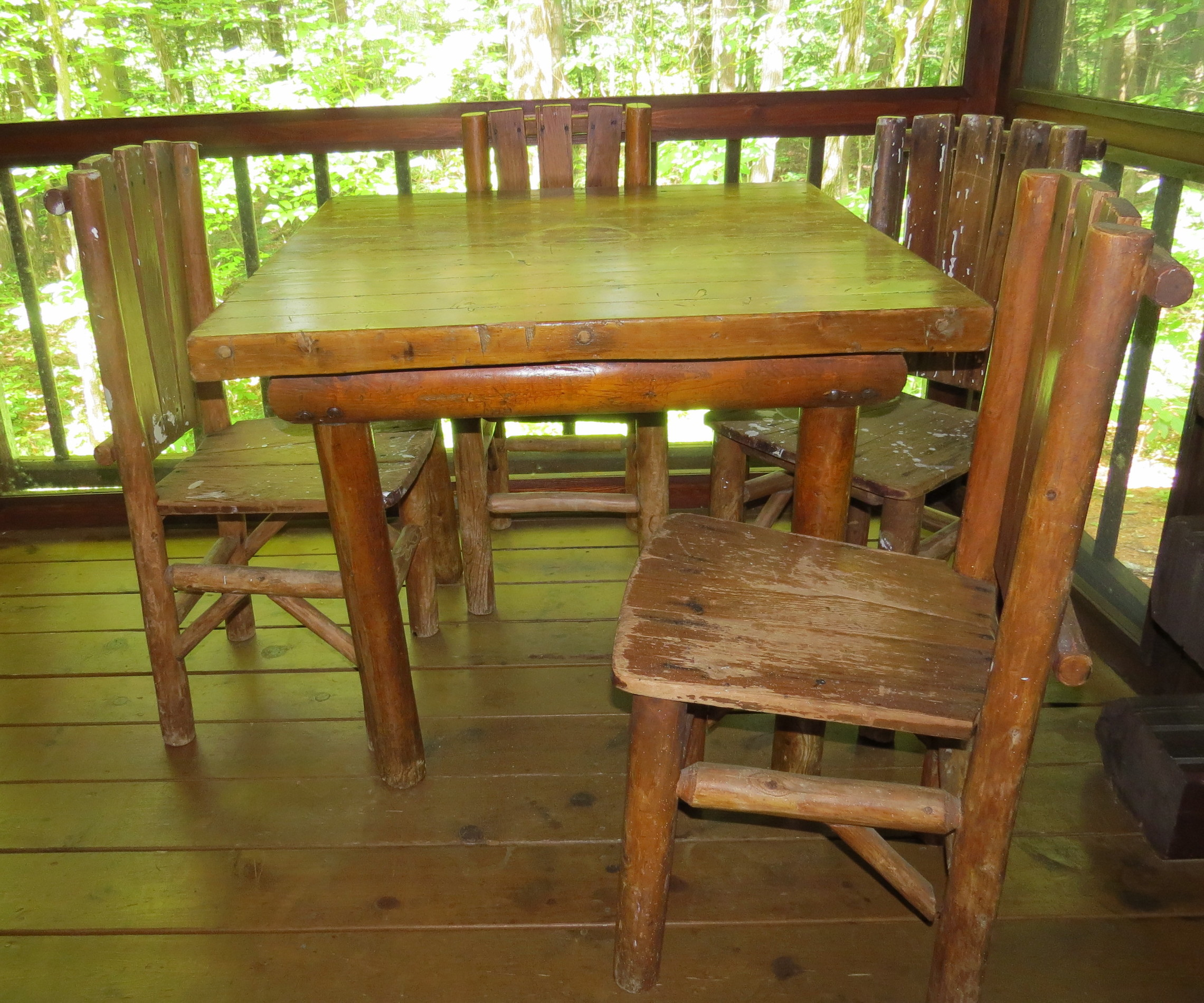 Log Table And Chairs Vintage Rittenhouse Square Log Dining Table And 4 Chairs