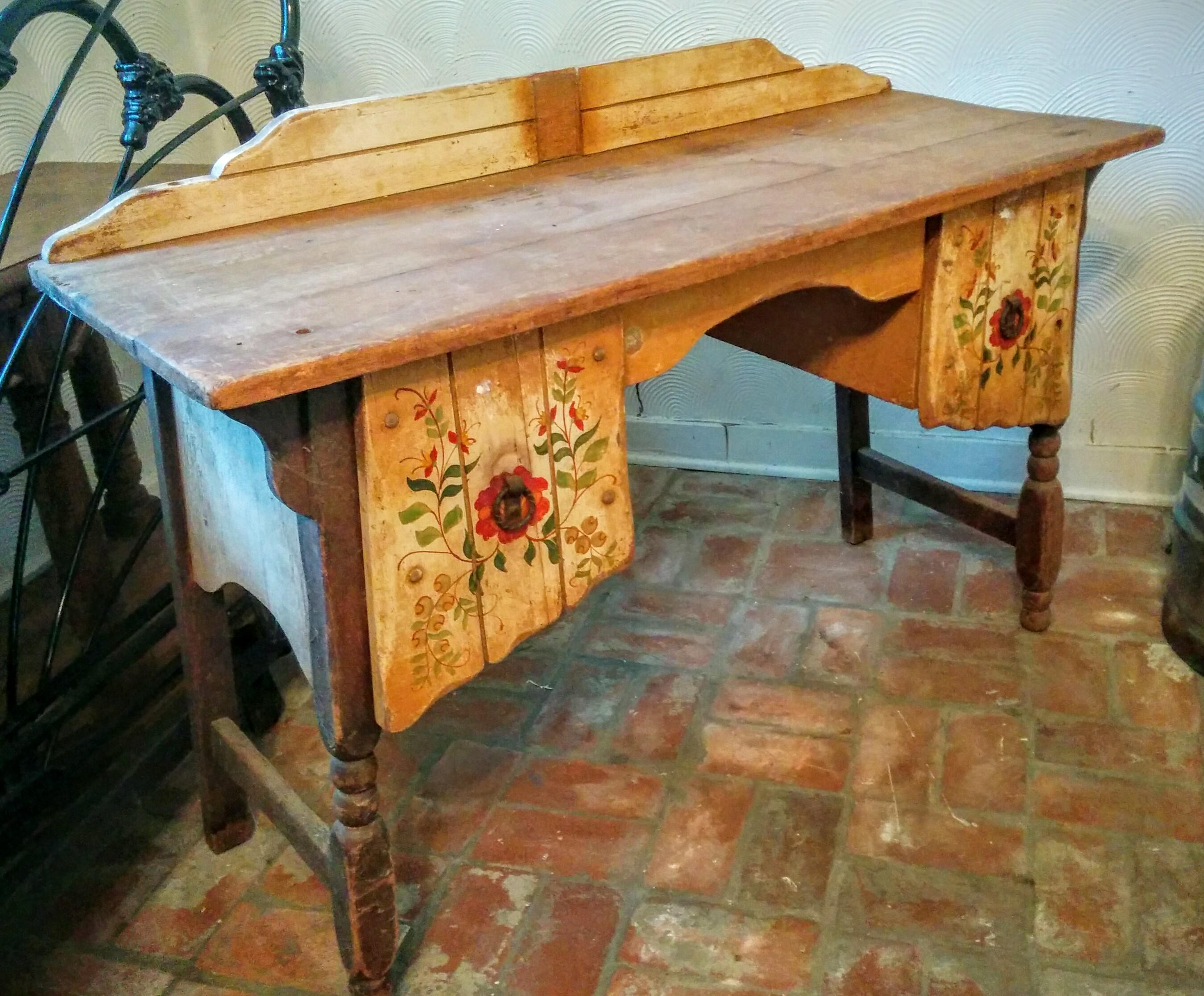 kroehler delrey desk antique