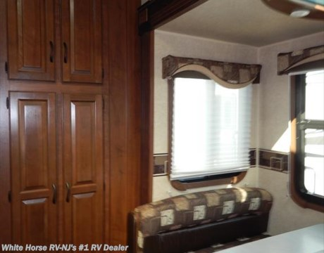 J9825  2015 Jayco Eagle 315FBHS Two Bedroom Double