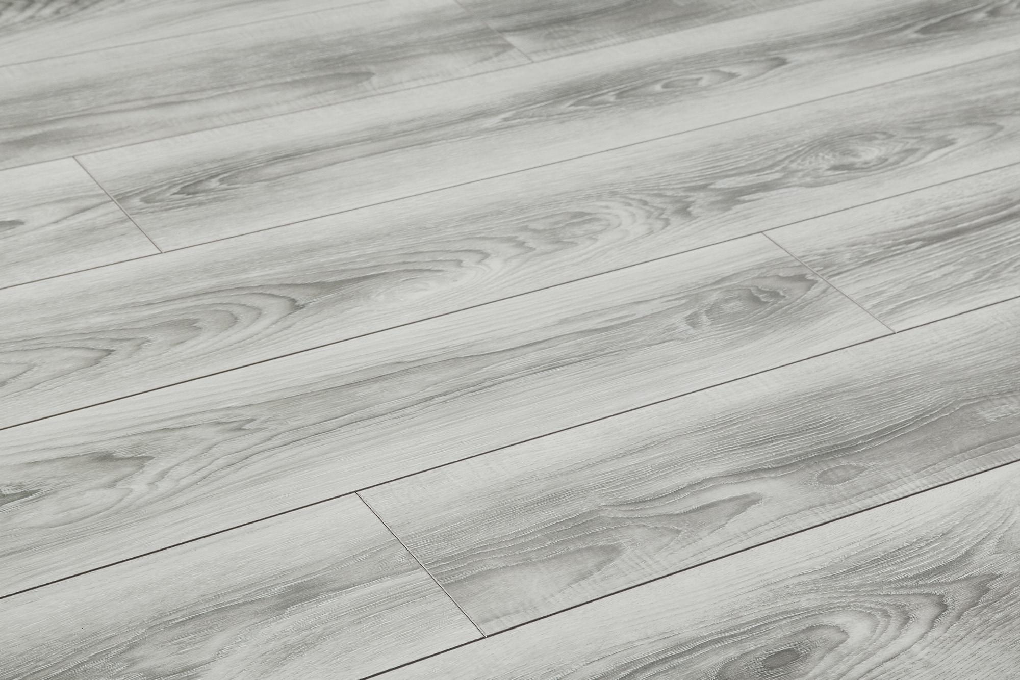 Cost Comparison Carpet Vs Laminate Flooring