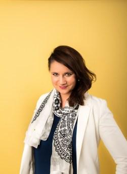Adela Designer Schal kaufen social fashion tragen
