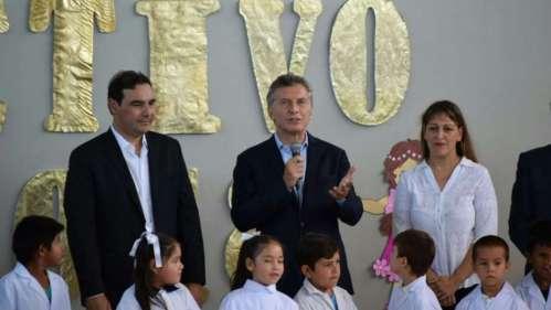 Con 16 provincias en conflicto, Macri inauguró el ciclo lectivo 2018 desde Corrientes