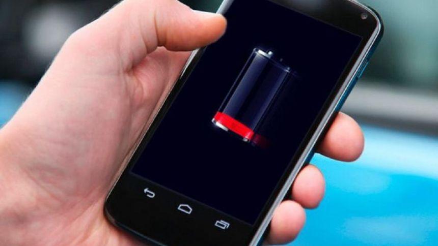 El útil truco que reveló Google para ahorrar batería en los celulares
