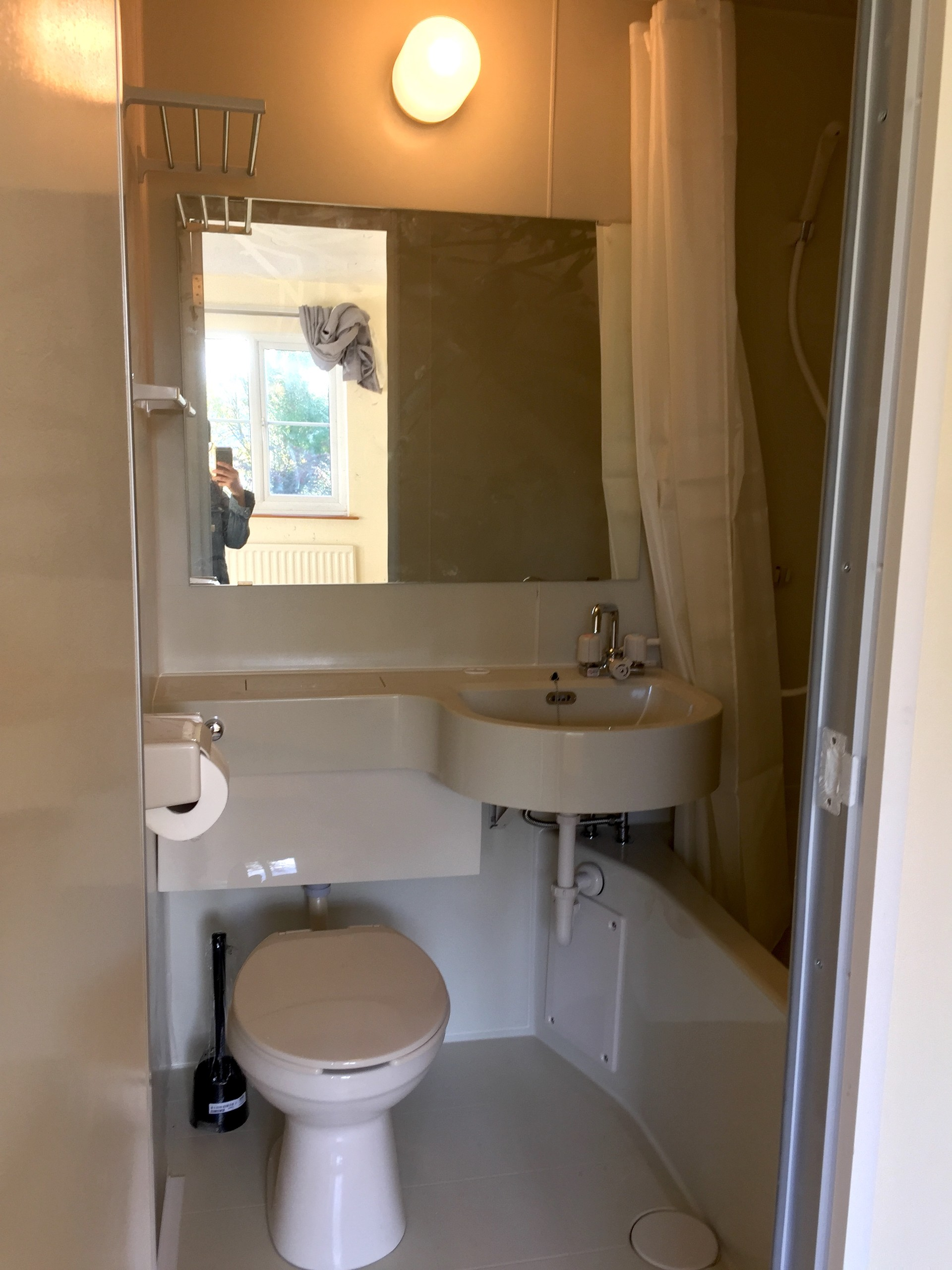 office chair on rent stand up test spacious ensuite bedroom | university dorm leicester