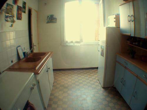 Chambre dans un appartement avec 3 chambres  cuisine