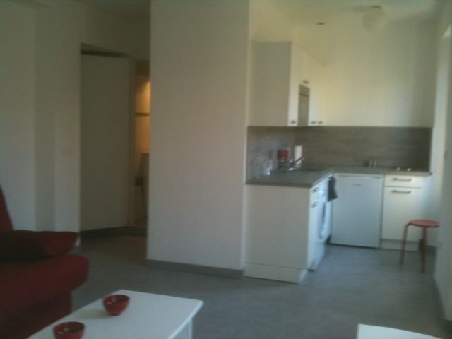 Appartement F1 near the Port of Nice France  Location studios Nice