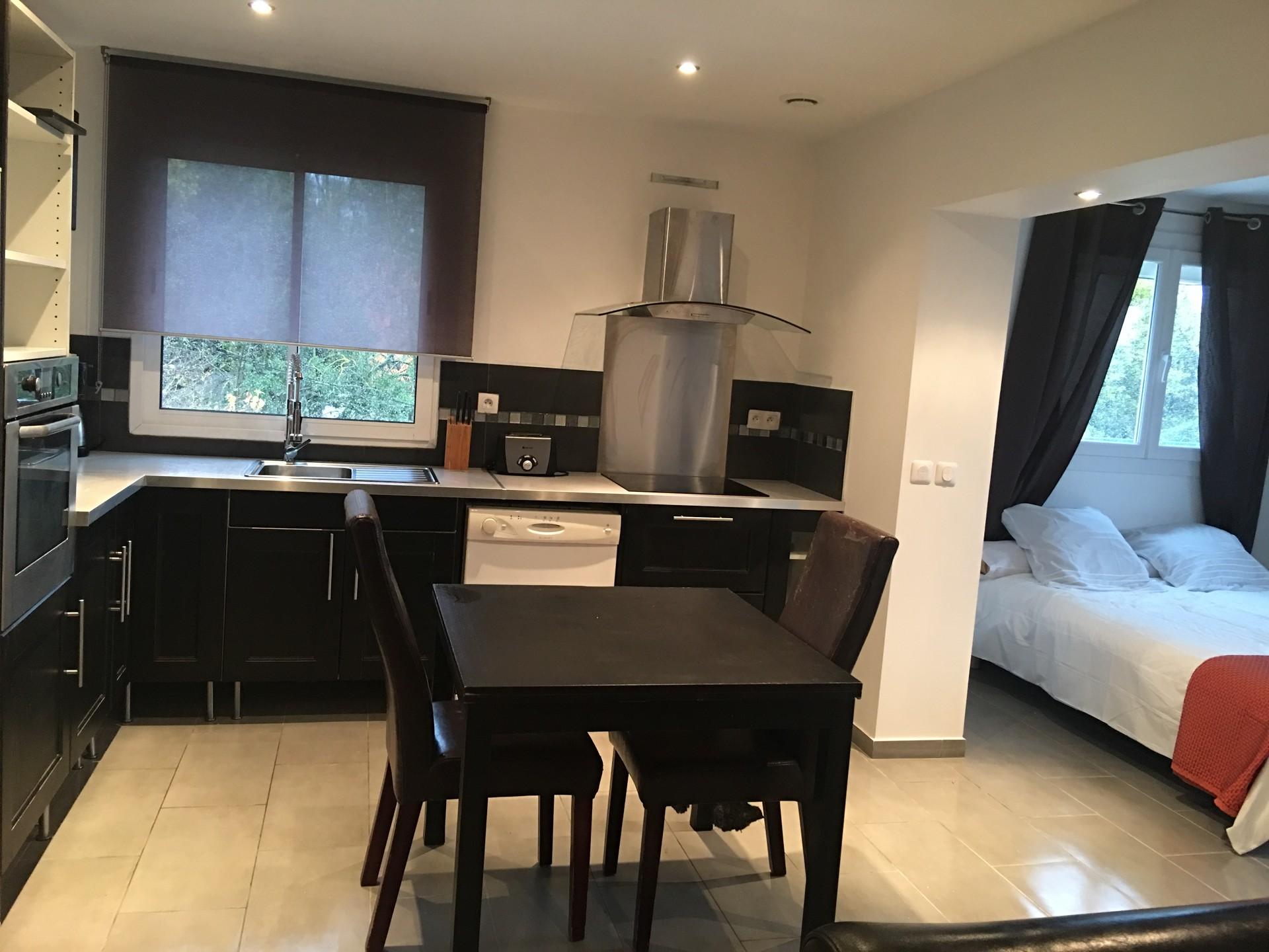 Bel appartement type loft proche aix en provence  Location appartements AixenProvence