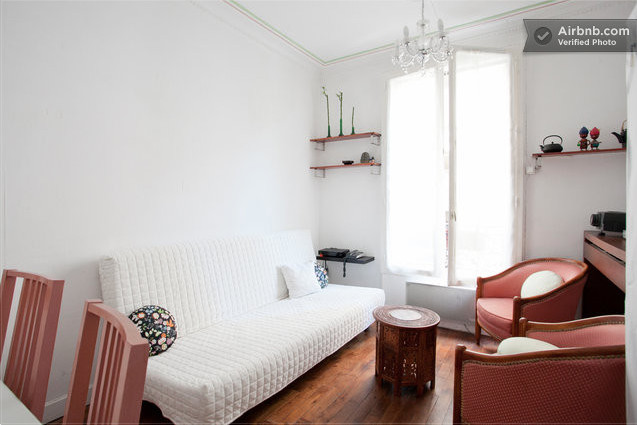 Bel appartement Haussemannien  partager 40m2 Chambre prive 13m2  Room for rent Paris