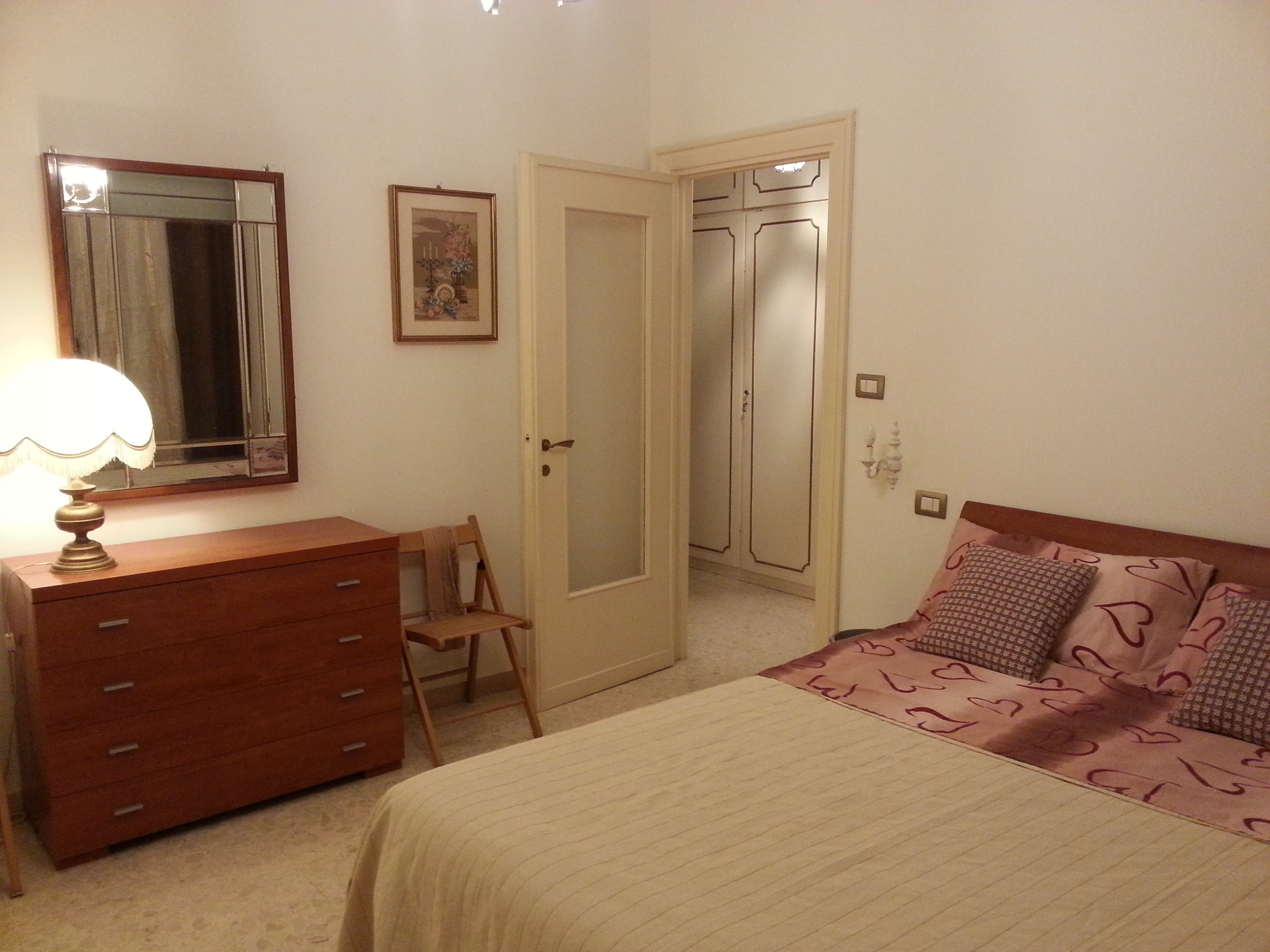 camera Matrimoniale  piazzale Jonio  Stanze in affitto Roma