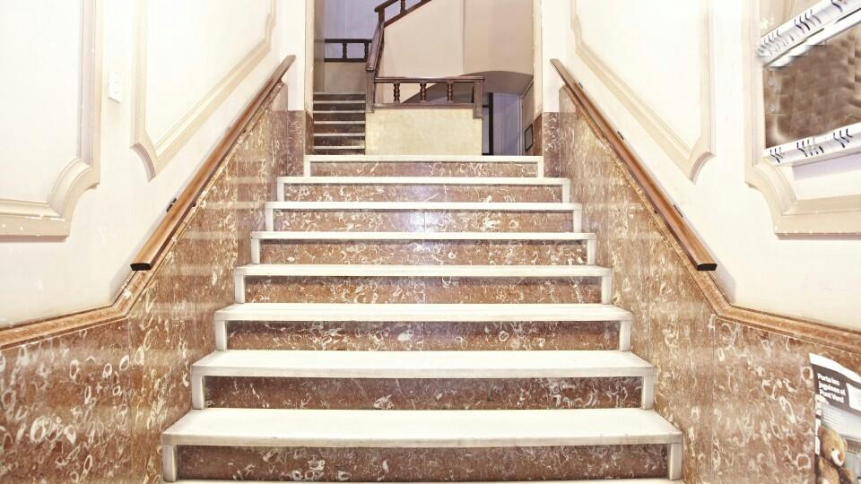 Bonita y tranquila habitacion en piso renovado en Gracia  Alquiler habitaciones Barcelona