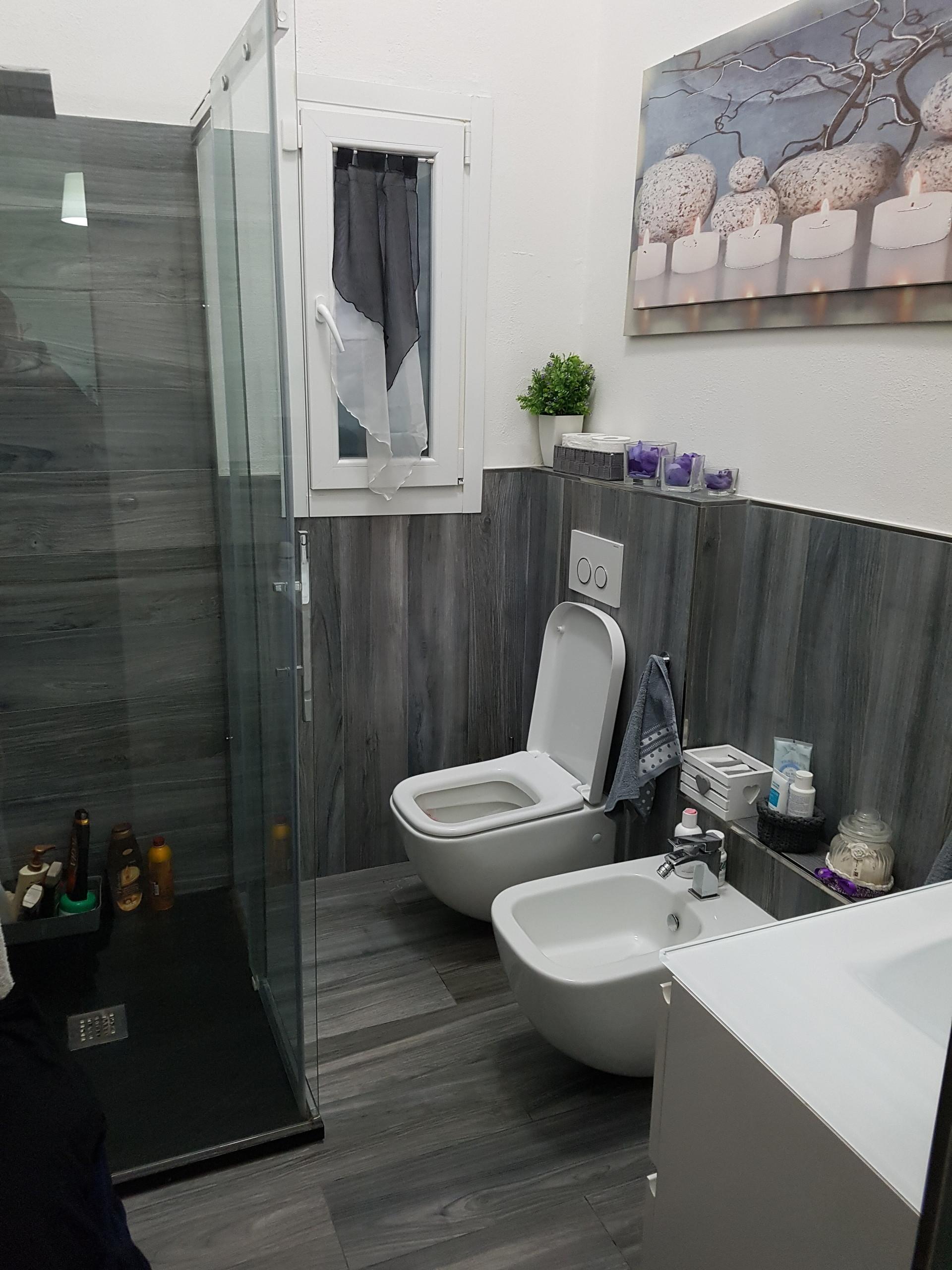 Camera singola o doppia di 20 mtquadri con uso bagno