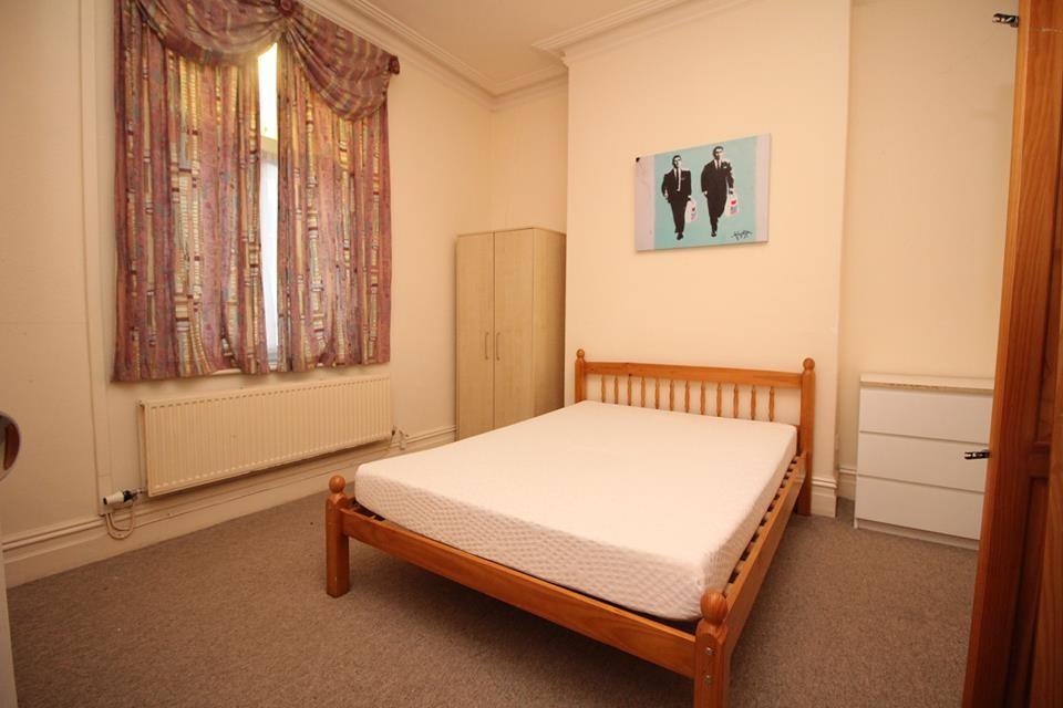 Double room to rent in Preston  Room for rent Preston