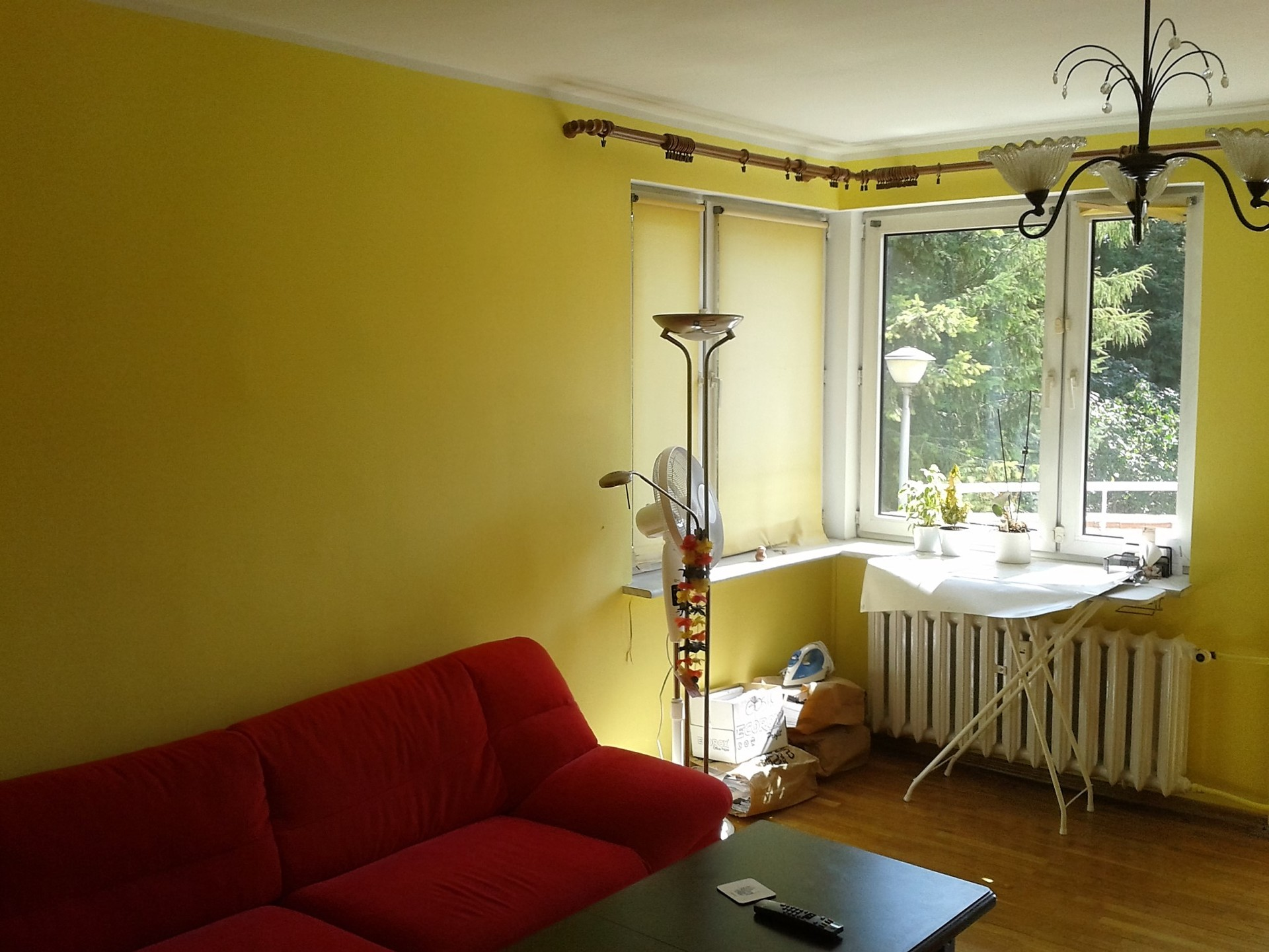 Large room 20m2 for rent in a tworoom apartment Room