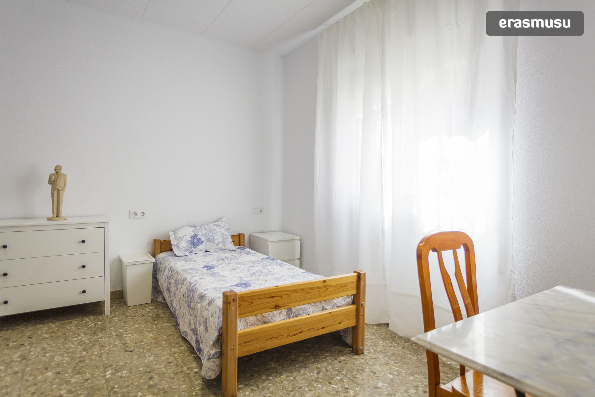 alquiler de habitacin para chico en barcelona