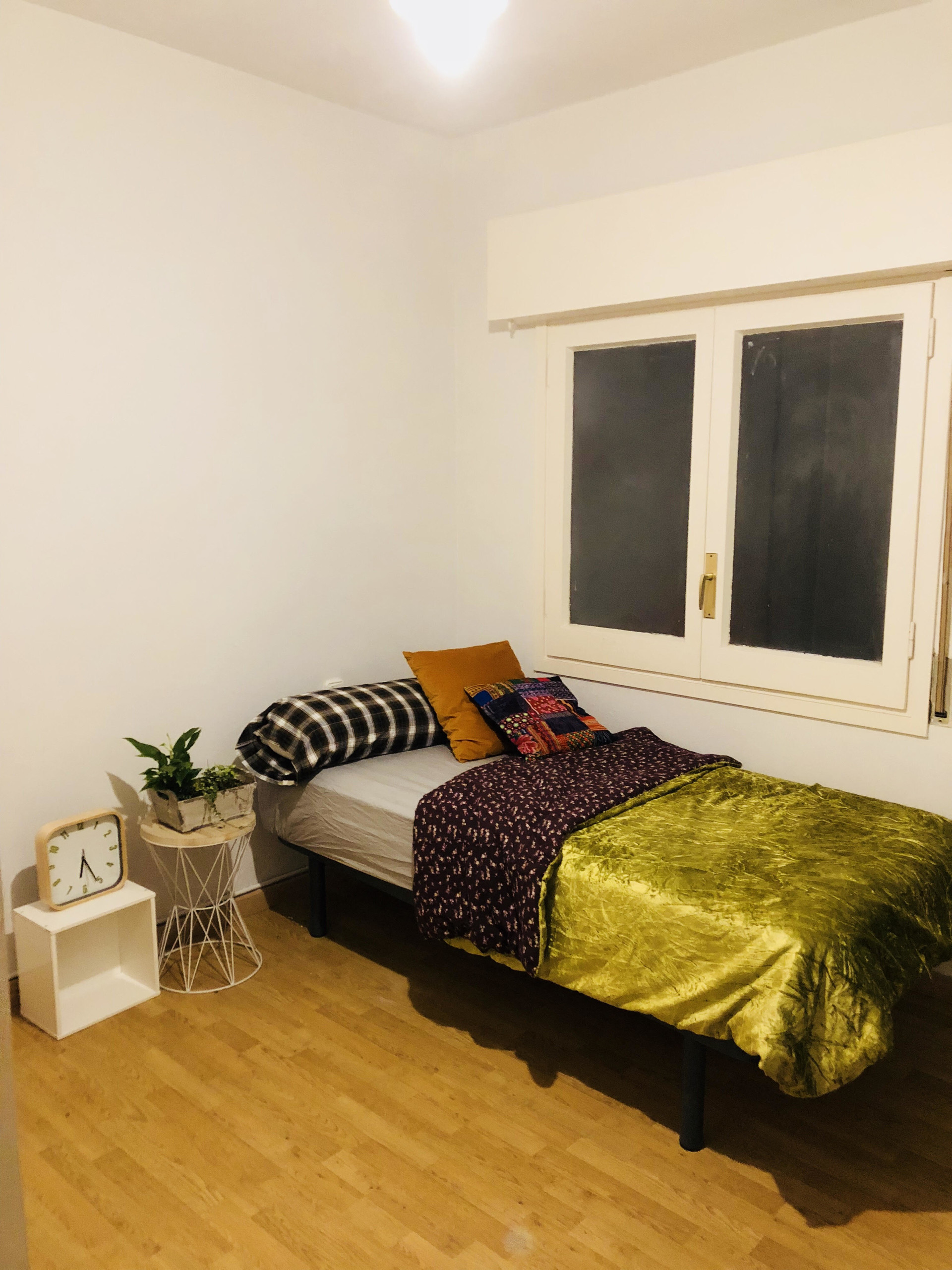 Habitacin individual en piso compartido  Alquiler