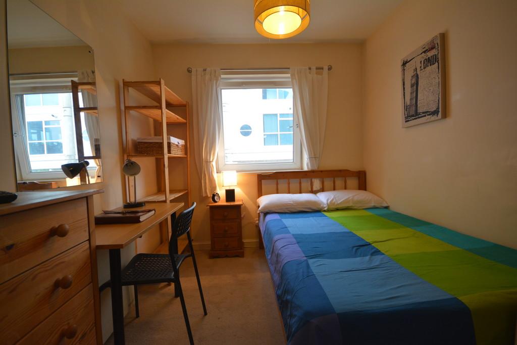 Habitacion en piso limpio y tranquilo  Alquiler habitaciones Londres