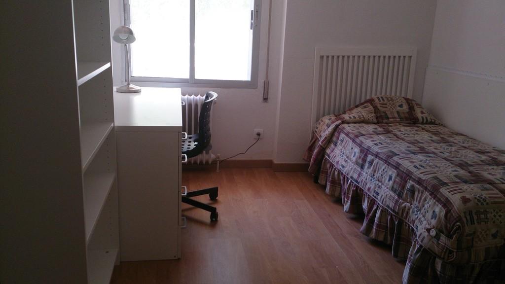 Piso con 4 habitaciones para estudiantes en Mostoles