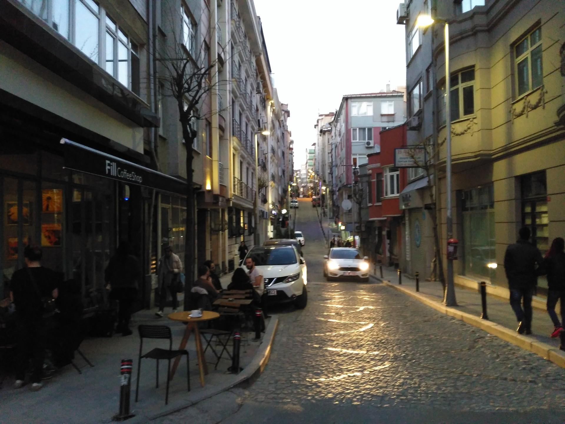 Private Studio Apartment in OsmanbeyKurtulus  Rent studios Istanbul