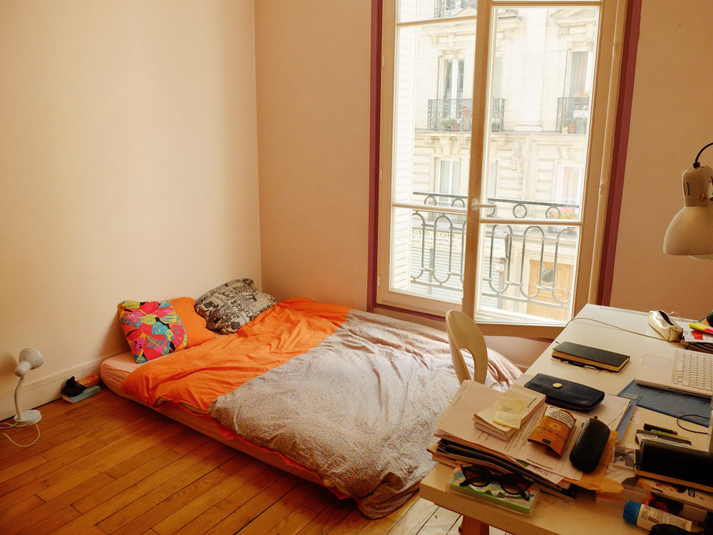 Sunny 15m2 Room In Large 80m2 Flat In The Center Of Paris