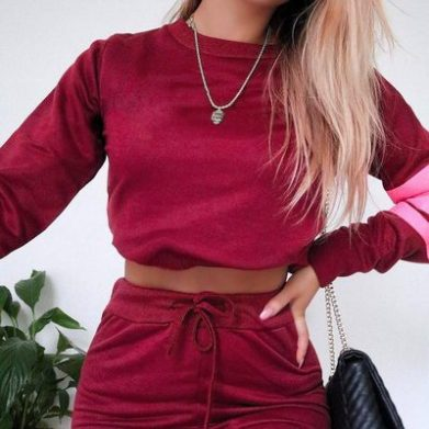 boohoo is one of the best cheap and trendy clothing websites with affordable fashion for everyone!