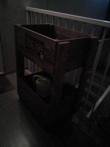 完了】diyで作った移動式収納箱。おもちゃ入れなどで使ってました