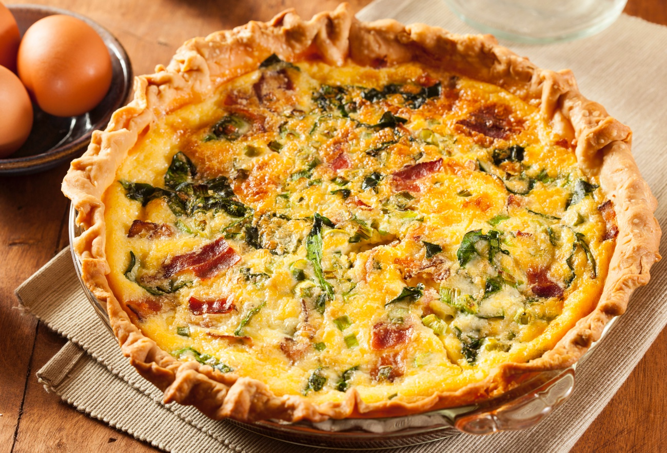 Bacon Spinach  Swiss Quiche  12 Tomatoes