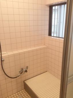 在来浴室の方が手間がかかっている!?の参考画像