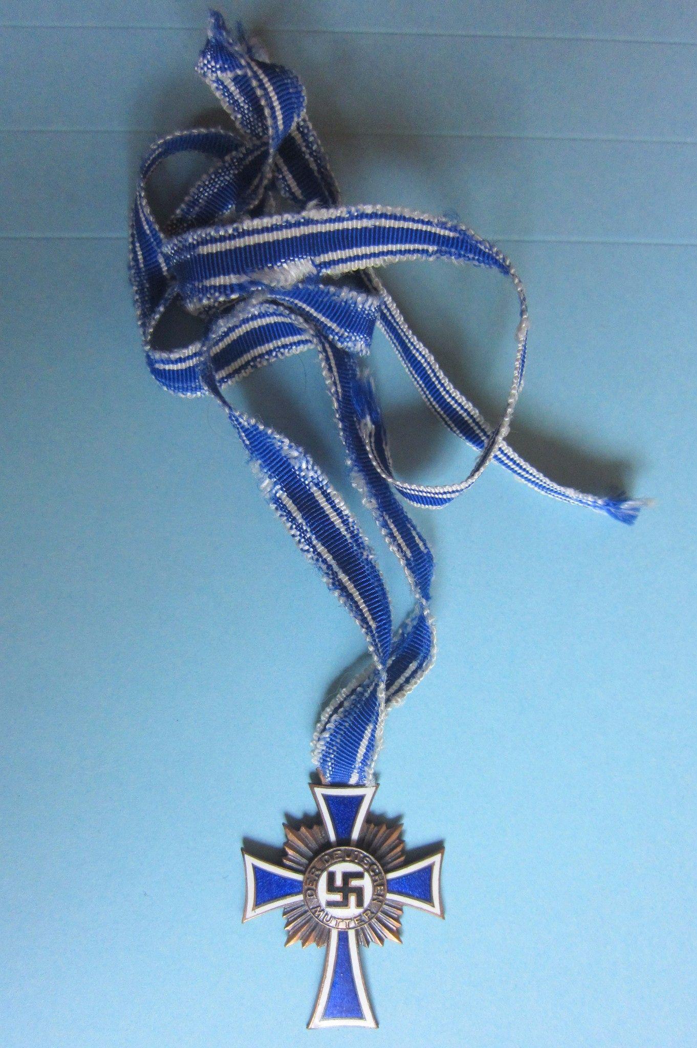 Original German Ww2 Mother Cross Bronze