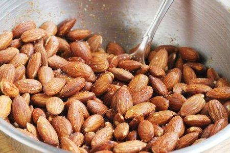 How Do I Roast Almonds