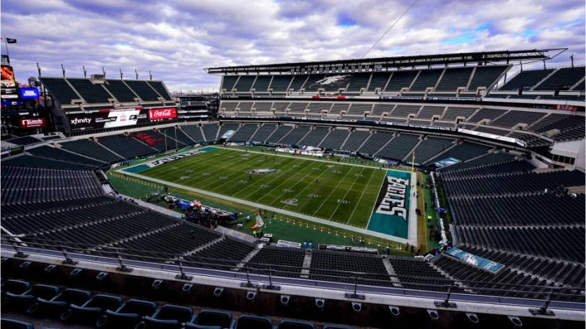 Coronavirus: Eagles offer wedding package for frontline workers at Lincoln  Financial Field