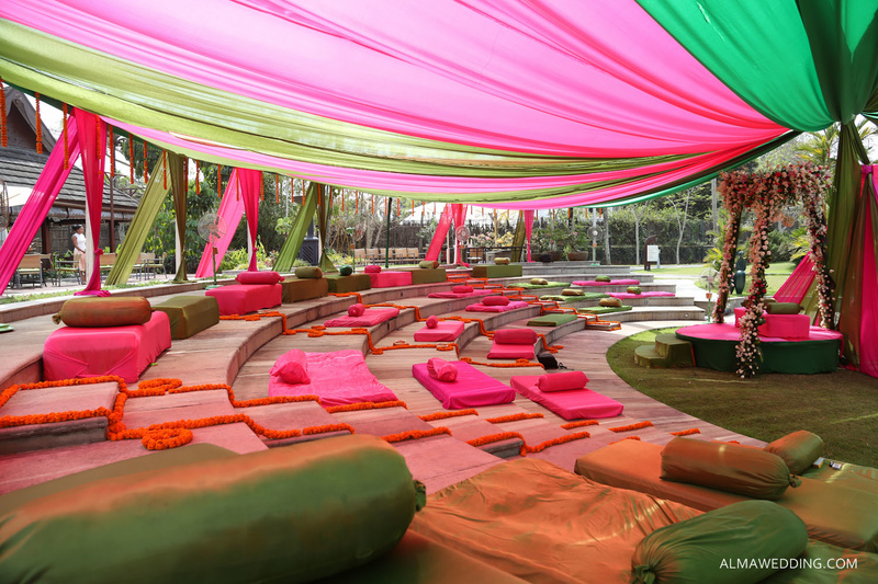 Amazing Mehendi Seating Ideas