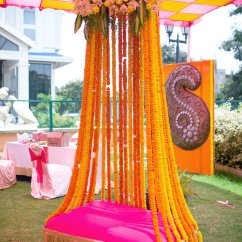 Baby Sitting Chair India Bathtub Lift Has Your Decorator Shown You These 12 Unique Floral Arrangements ? | Wedmegood
