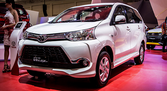 grand new avanza veloz matic toyota yaris trd india 1 5 2019 philippines price specs autodeal 2018 white