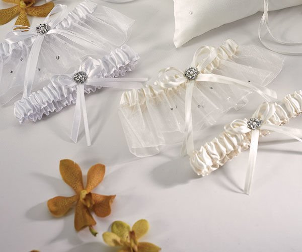 Crystal And Pearl Two Piece Garter Set