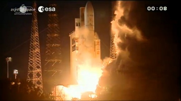 Ariane 5 VA213 carrying ATV Albert Einstein lifted off from Europe's Spaceport in French Guiana at 21:52 GMT on June 5, 2013. Credit: ESA/Arianspace.