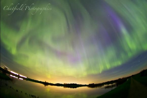 Remolino aurora sobre Saskatoon, Saskatchewan.  Crédito y copyright: Colin Chatfield / Chatfield Fotografía.
