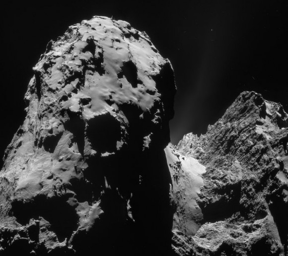 This four-image mosaic comprises images taken from a distance of 20.1 km from the center of Comet 67P/Churyumov-Gerasimenko on  December 10, 2014.  Credit: ESA/Rosetta/NAVCAM.