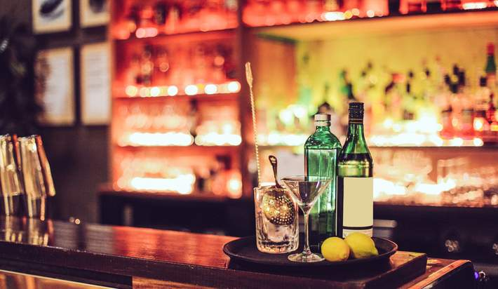 Adding a Home Bar? Advice From the Experts