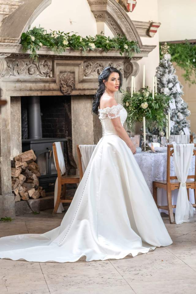bournemouth bridal hair and makeup | bark profile and reviews