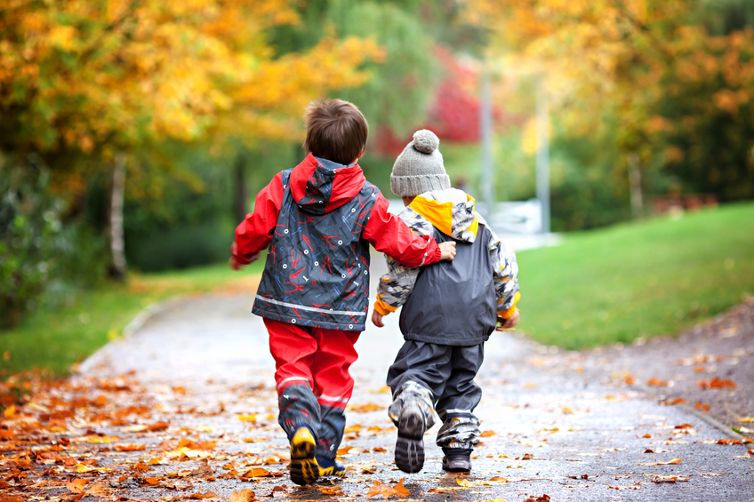Boy And Girl Hugging Hd Wallpaper Is Your Child S Friend A Bad Influence Mom365