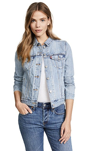 levis, denim jacket, jean jacket, trucker jacket, original denim, lightwash denim, timeless, shrunken denim jacket