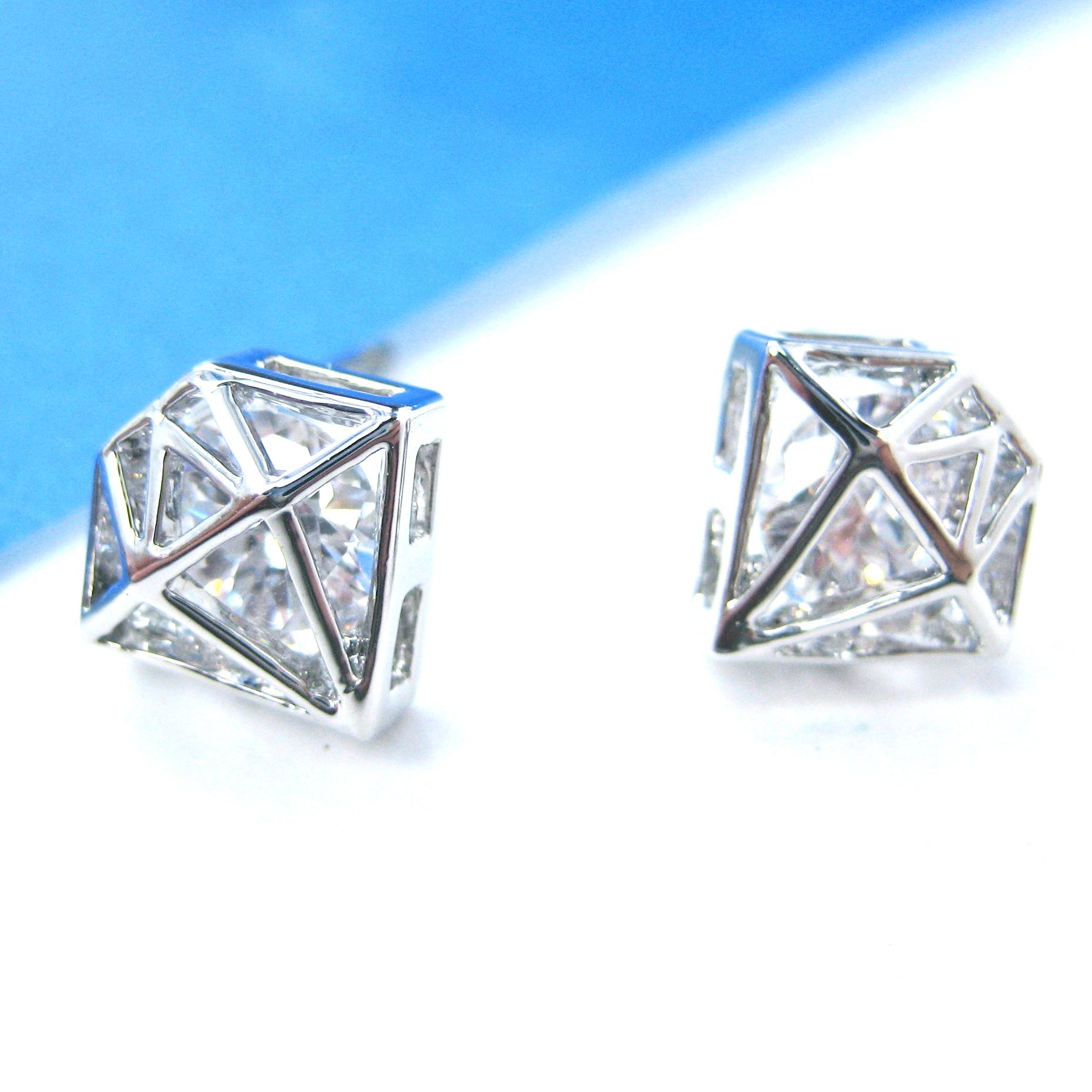 SMALL 3D Diamond Shaped Rhinestone Shiny Bling Stud
