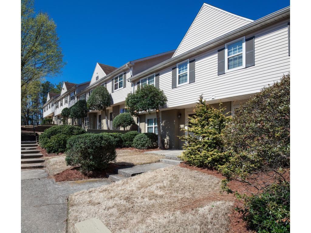 Dunwoody Glen Apartments for Rent