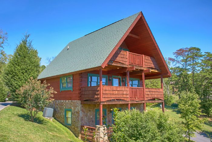 A Little Bit Of Heaven Luxury Cabin in Pigeon Forge