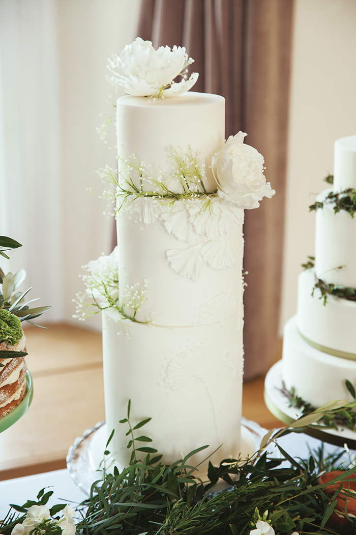The Enchanting Merchant Co white wedding cake
