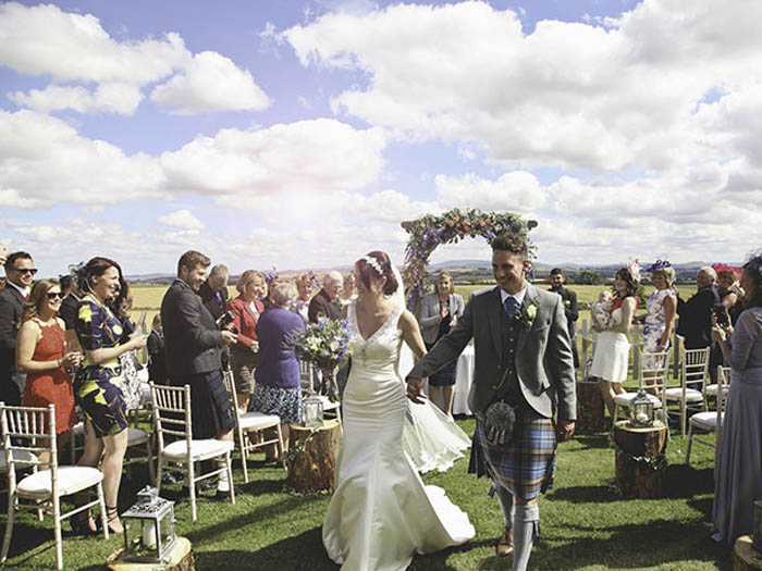 family wedding ideas: walking down the aisle