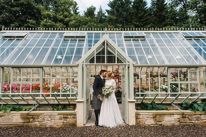 Photos by Zoe rustic PapaKåta tipi wedding - Kinross House Coach House