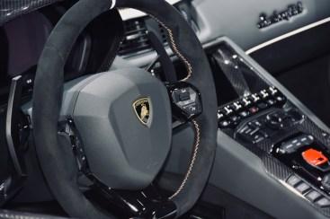 LAMBORGHINI - Aventador SVJ Roadste