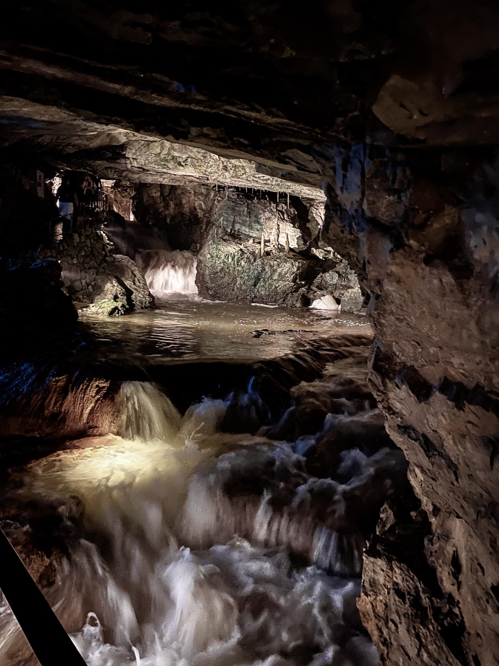 St. Beatus Caves