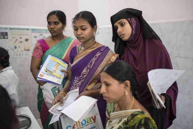 Women queue up at the Mother and Child Health Centre in Karimnagar. (Photo: Saumya Khandelwal)